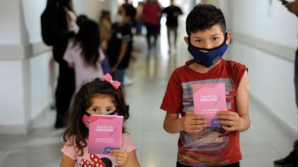En el Hospital de Niños Zona Norte de Rosario comenzó la vacunación para niños de 3 a 11 años de edad contra el coronavirus.