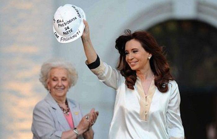 Cristina aprovechó un acto en la ex-Esma para disparar nuevamente contra Macri