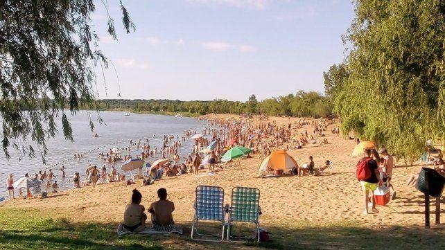 la-playa-valle-maria-tiene-una-capacidad-3000-personas