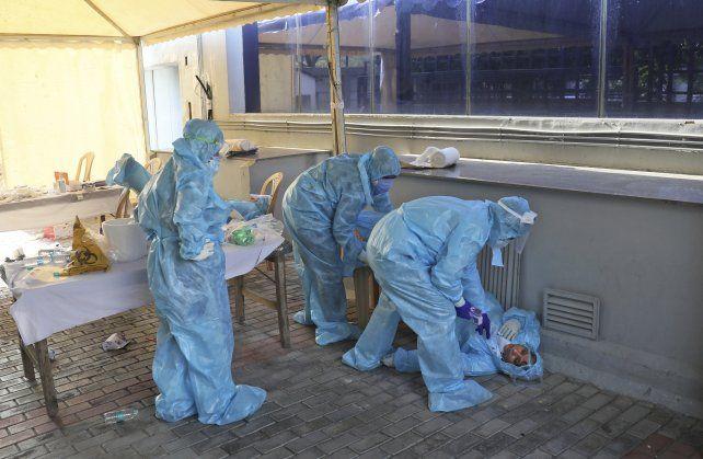 Coronavirus: informaron 23.718 nuevos casos y 348 muertes en 24 horas en Argentina