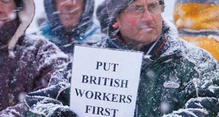 Los británicos que rechacen ofertas de trabajo perderán la ayuda social