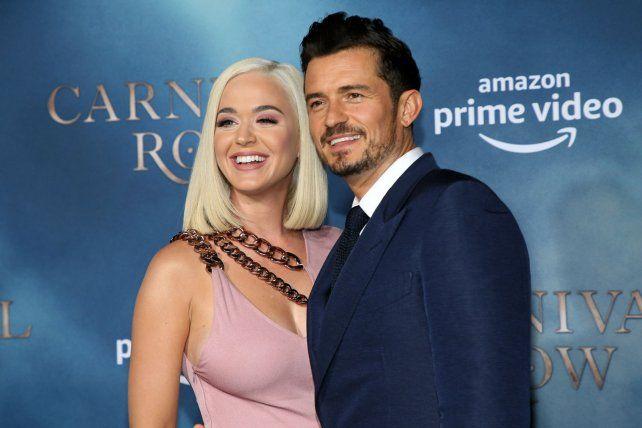 La cantante Katy Perry y el actor Orlando Bloom anunciaron el nacimiento de su hija.