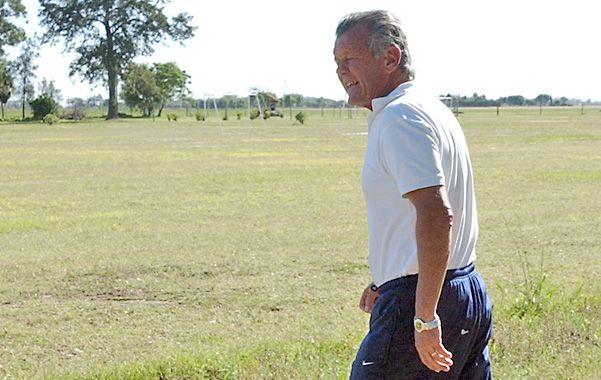 Renato Cesarini trabaja para que diez categorías viajen a Brasil para apoyar al equipo argentino en el Mundial.