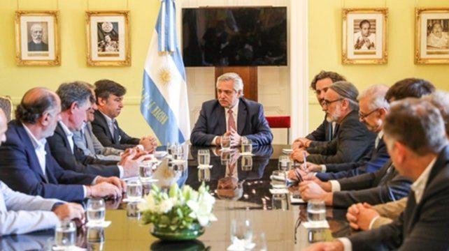 Diálogo. El presidente se reunió con los integrantes de la mesa de enlace agropecuaria en la Casa Rosada.
