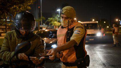Fuerzas federales controlan el cumplimiento de las nuevas restricciones en todo el país