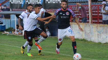 Regresa al equipo. Juan Manuel Cobelli estará en la ofensiva junto a José Vizcarra ante los académicos.