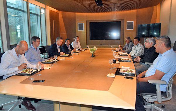 encuentro sindical. Macri recibió junto a parte de su gabinete a Moyano en la sede del Gobierno porteño.