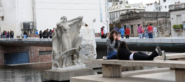 Los turistas que lleguen a Rosario este fin de semana largo tendrán buen clima