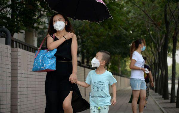 Pavura. La catástrofe alimenta el pánico de contaminación entre los 15 millones de habitantes de la ciudad de Tianjín.