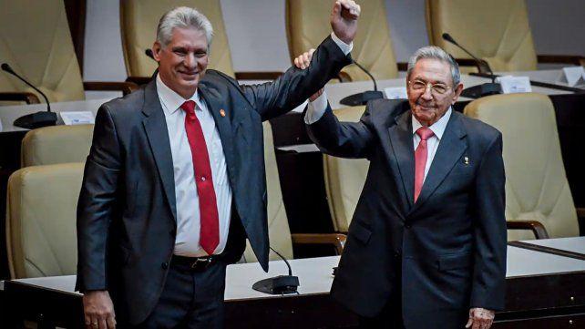 Cuba: Díaz-Canel ya es el jefe del PC en reemplazo de Raúl Castro