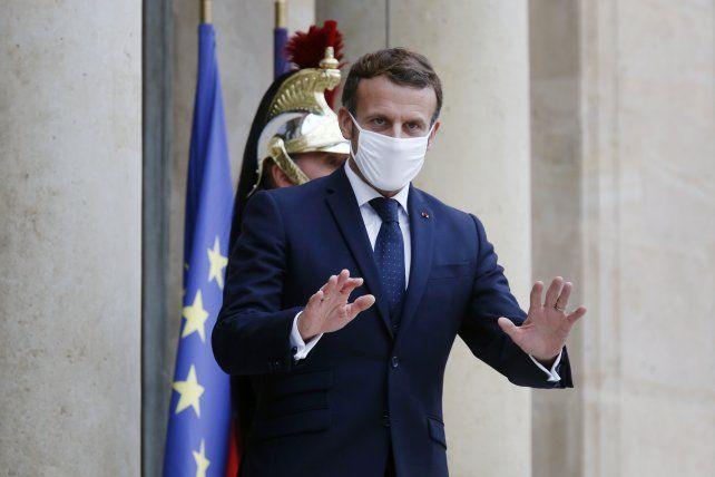 Macron pone de nuevo en cuarentena estricta a Francia desbordada por una segunda ola más dura y mortífera