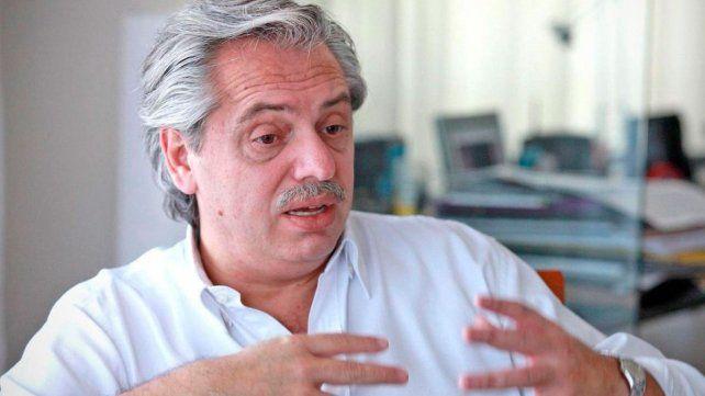 Alberto Fernández está internado en observación por una fuerte tos