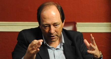 Sanz: La presidenta hace política exterior para enardecer a la tribuna