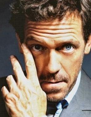 Hugh Laurie es la nueva imagen de LOréal