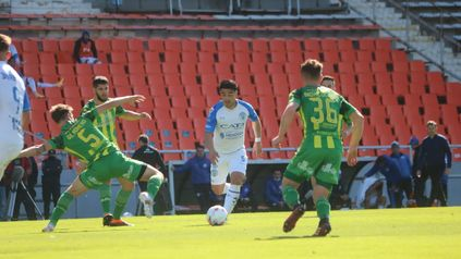 El equipo mendocino llegó a los 16 puntos y se ubicó en el séptimo lugar, mientras que Aldosivi continúa clavado en 13 unidades.