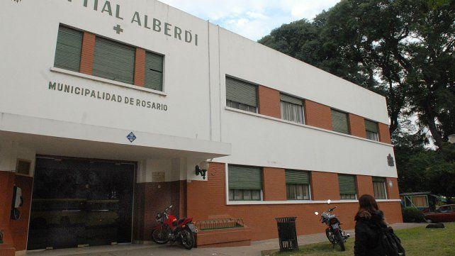 La mujer fue atendida en el Hospital Alberdi.