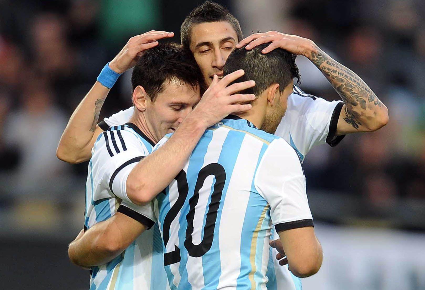 Los 23 jugadores que lograron el subcampeonato del mundo fueron convocados para jugar con Alemania.