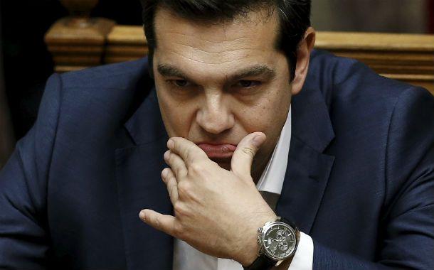 Mala cara. Alexis Tsipras al dirigirse al Parlamento en Atenas. Fue durísimo con las instituciones europeas.