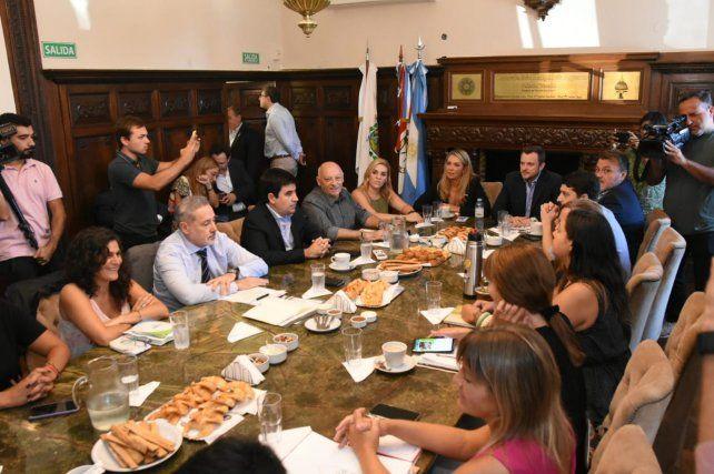 Saín está reunido con la comisión de Seguridad del Concejo.