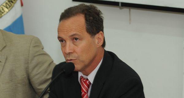 Giustiniani advierte que en el presupuesto persisten las mismas falencias