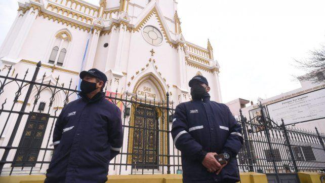 El templo ubicado en Buenos Aires al 2100 permanecerá cerrado todo el día.