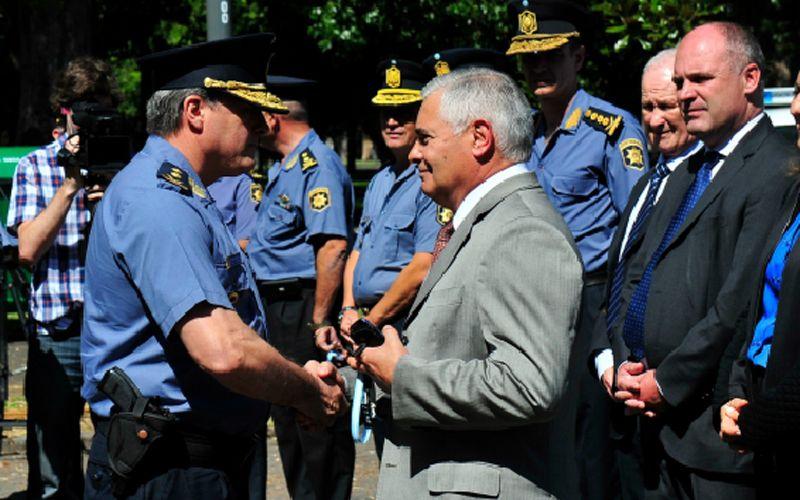 El vicegobernador cuestionó al funcionario de la cartera de Seguridad.