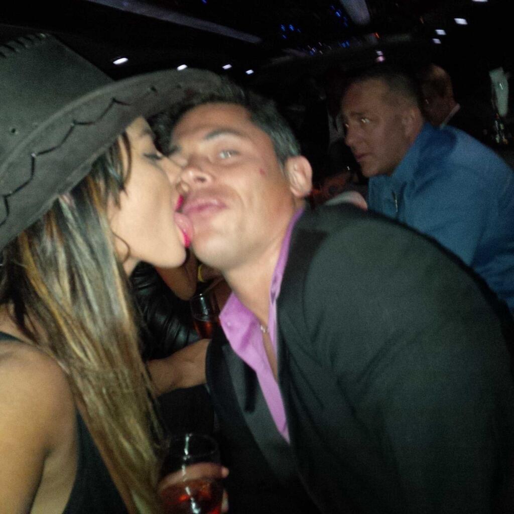 Karina Jelinek festejó su cumple con una fiesta caliente en Miami