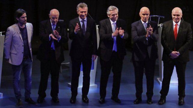 Al margen de las sonrisas del final entre todos los candidatos