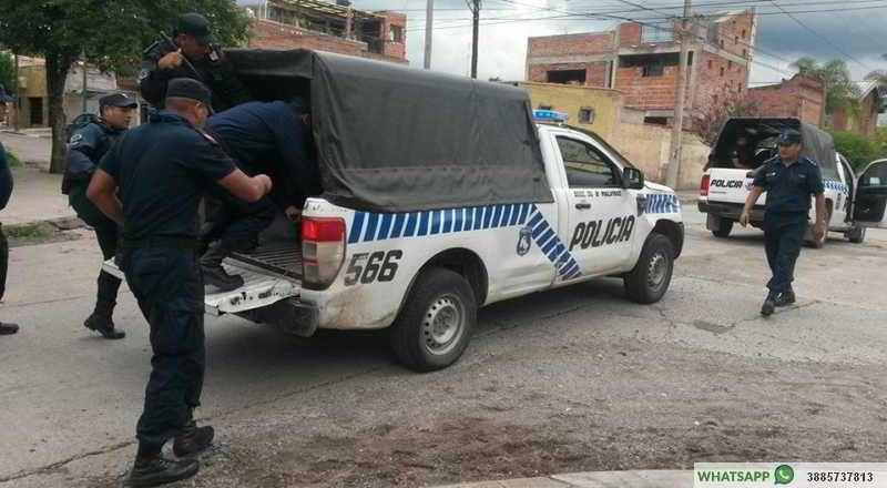 El momento en que Milagro Sala era conducida a una seccional. (Foto: Jujuy Al Día)