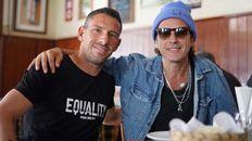 Maxi Rodríguez y Coti Sorokin. El cantante le dedicó un posteo en Instagram a La Fiera.