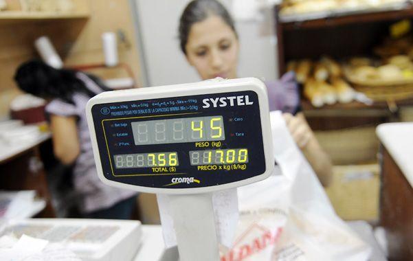 Van por más. En Mendoza al 4.200 se vende el kilo de pan a $ 17. (foto: Héctor Rio)