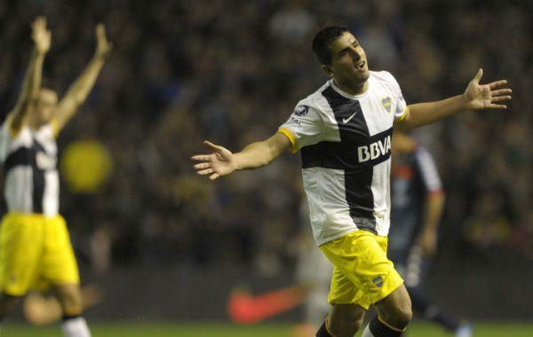 Lucas Viatri jugará con Santiago Silva en la delantera del equipo dirigido por Julio Falcioni.