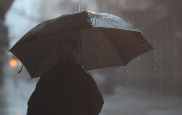 Para la jornada de hoy se esperan lluvias fuertes y tormentas aisladas.