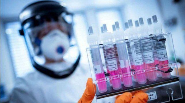 Comenzó la vacunación de voluntarios contra el coronavirus en Argentina