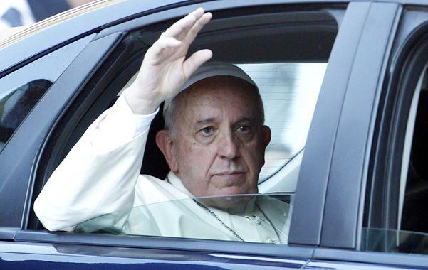 Paren la mano. Francisco fustigó también a los medios que desinforman.