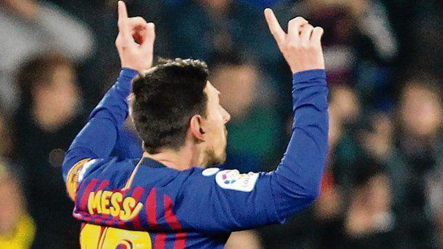 Festejo. Messi celebra el tercero del líder