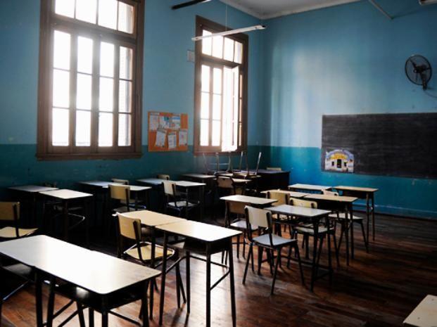 La actividad en las escuelas de Rosario estará reducida a la capacitación docente.