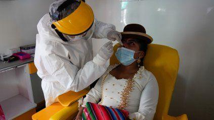 Bolivia redujo un 15% los contagios de Covid en una semana y La Paz bajó a la mitad