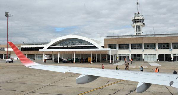 Cómo vamos a ser una ciudad de primera sin aeropuerto que conecte con el mundo