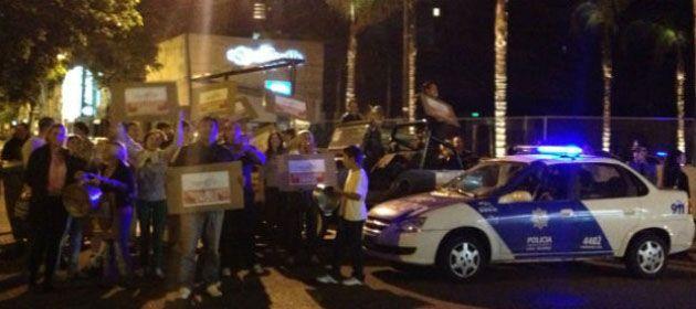 Los empleados pelean por las fuentes laborales y piden que se reabra el boliche