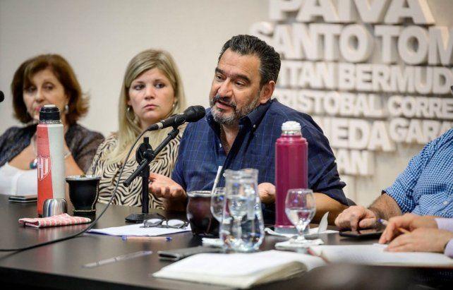 Festram dice que el ministro Agosto se apresuró al decir que no se podrá sostener la cláusula gatillo