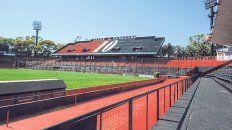 El Coloso espera. La tribuna de la visera Gerardo Martino (en primer plano) será la que albergará la asamblea del próximo sábado.