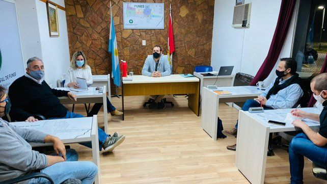 Los concejales se reunieron con la subsecretaria de Salud y el jefe Gabinete tras el incremento de contagios.