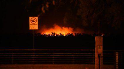 Los incendios en las islas no paran y todos apuestan a la llegada de la lluvia