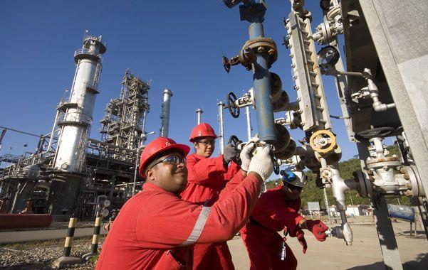 Por primera vez en su historia, Venezuela deberá importar petróleo desde Argelia