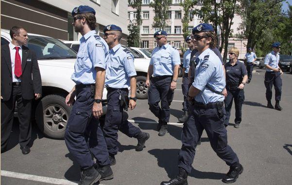 Los oficiales holandeses debieron quedarse en la ciudad de Donetsk
