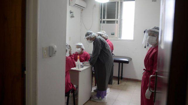 El Hospital Carrasco es uno de los lugares donde se hacen los testeos en Rosario.