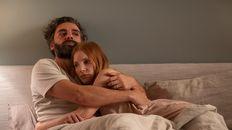 Oscar Isaac y Jessica Chastain brillan en esta remake de un clásico de Bergman.