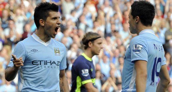 Agüero brilló con tres goles en la nueva victoria del Manchester City