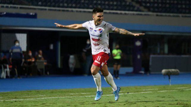 Brihan Ayala jugó el último año en Nacional de Paraguay.
